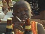 мем Мальчик с сигаретой и пивом