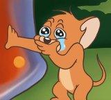 мем Мышонок из том и джерри плачет