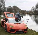 мем Спорт авто и рыбак