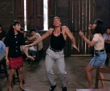 мем Вандам танцует