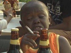 Мальчик с сигаретой и пивом