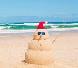 Снеговик и Новый год на море