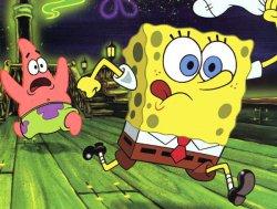 Спанч Боб и Патрик бегут...